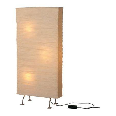 Lámpara de pie para dividir espacios en Ikea