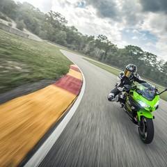 Foto 37 de 41 de la galería kawasaki-ninja-400-2018 en Motorpasion Moto