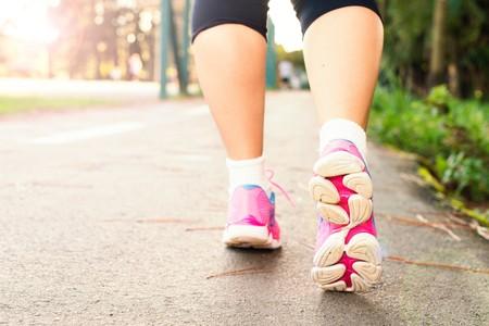 Para vivir más, camina más rápido (la ciencia lo avala)