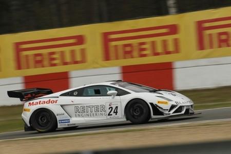 El Lamborghini de Reiter ensombrece una nueva gran actuación de Audi WRT