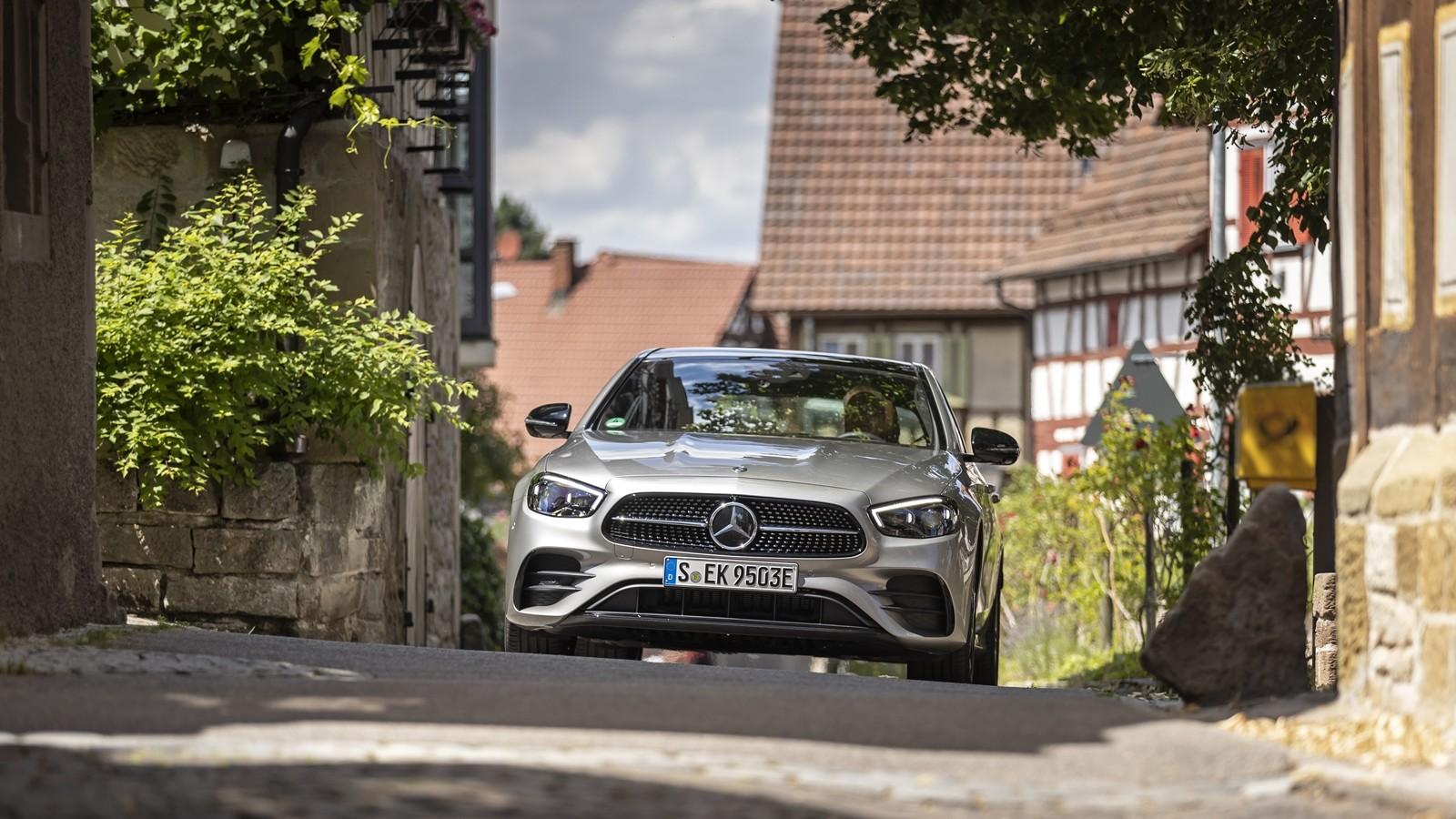 Foto de Mercedes-Benz Clase E 2020, prueba contacto (61/135)