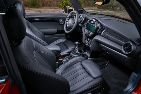 Mini Cooper S Cabrio 2019 Interior
