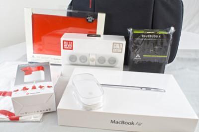 """Las """"Lucky Bag"""" japonesas salen a la venta y sorprenden a algunos compradores con un MacBook Air por 250 euros"""