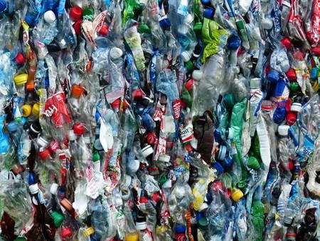Plastic Bottles 115077 1920