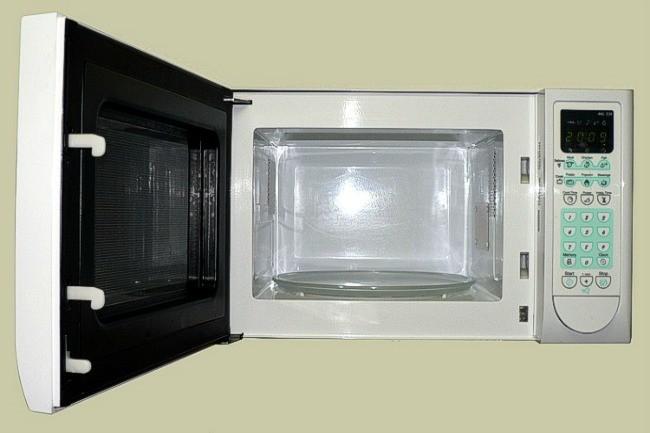 Cocinar con microondas degrada los nutrientes de los for Cocinar en microondas