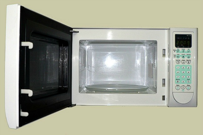 Cocinar con microondas degrada los nutrientes de los for Cocinar microondas
