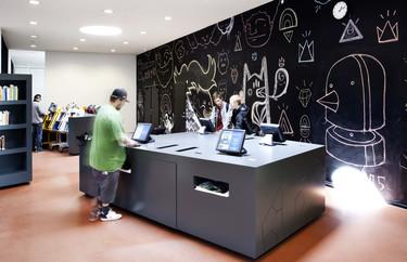 Si eres un enamorado de la decoración, no te pierdas la biblioteca pública de Albertslund en Copenhague