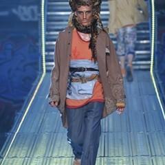 Foto 3 de 14 de la galería john-galliano-primavera-verano-2010-en-la-semana-de-la-moda-de-paris en Trendencias Hombre