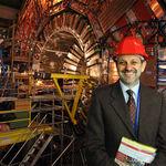 """Guido Tonelli (CERN): """"Aún recibo cartas preguntándome si no tengo miedo de crear un agujero negro y destruir el mundo"""""""