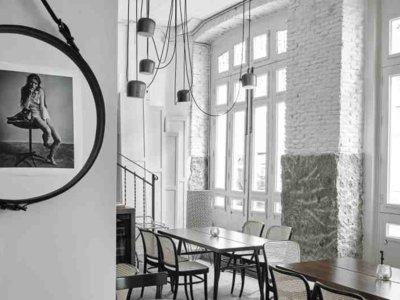 Galería Montañesa, un restaurante lleno de piezas de diseño en Chamberí