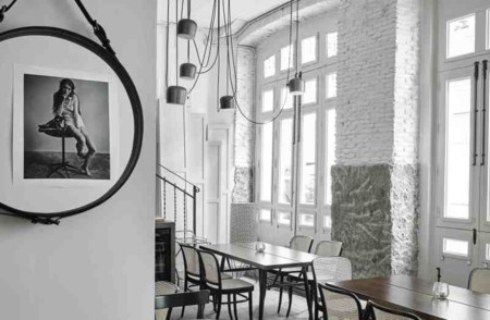 Vaquería Montañesa, un restaurante lleno de piezas de diseño en Chamberí
