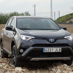 Foto 9 de 25 de la galería prueba-toyota-rav4-hybrid-exteriores-coche en Motorpasión