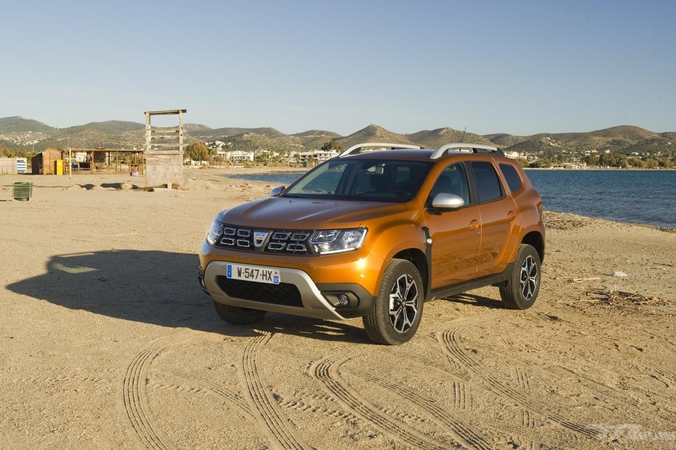 El éxito de Dacia podría volverse en contra de Renault: está lejos de cumplir la media de emisiones exigida...