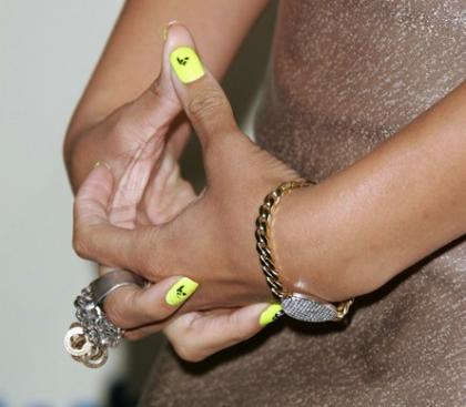 Looks impactantes: las uñas de Rihanna