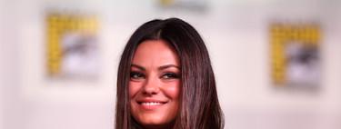 """""""Si no te gusta, no mires"""": la actriz Mila Kunis defiende la lactancia materna en público"""