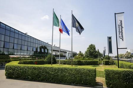 Lamborghini Reanudara Actividades 5