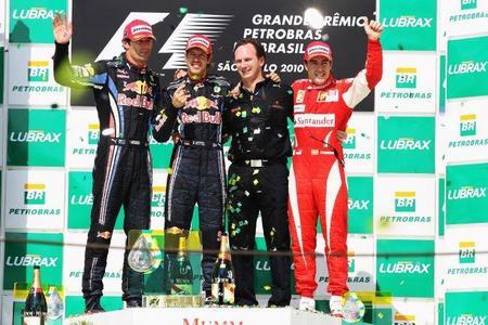 Doblete de Red Bull en Brasil. Fernando Alonso, tercero, sigue líder a falta del último gran premio