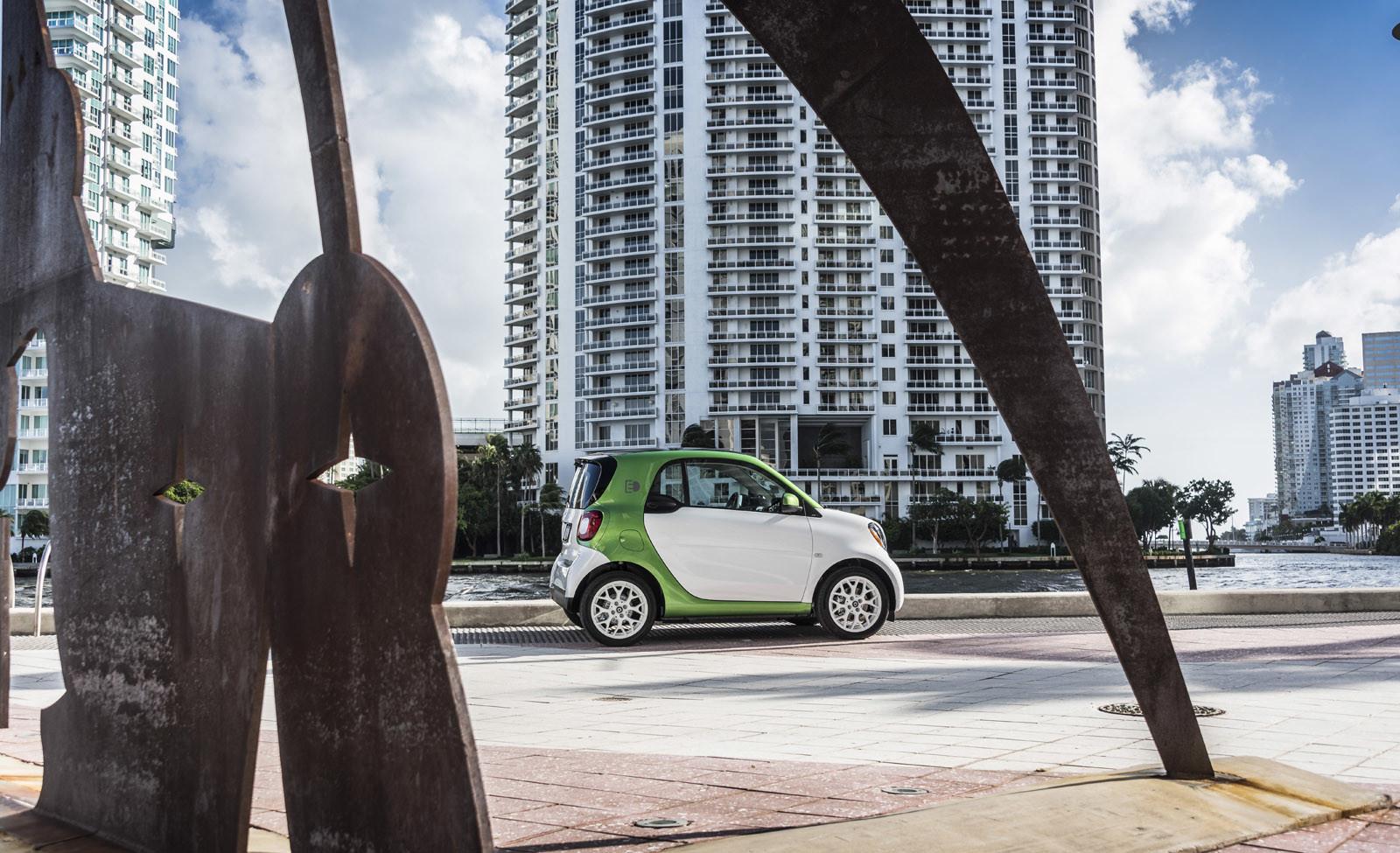 Foto de smart fortwo Electric Drive, toma de contacto (133/313)