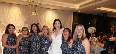 ¿La peor pesadilla en una boda? Que seis invitadas coincidan con el mismo vestido (y la historia acabe convertida en viral)