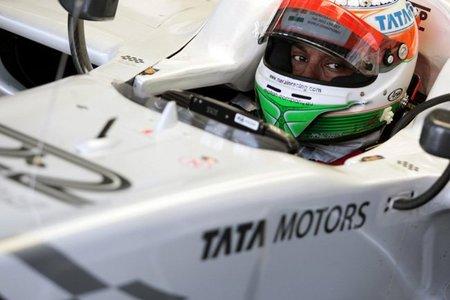 Narain Karthikeyan será el segundo piloto de HRT. Ya es oficial