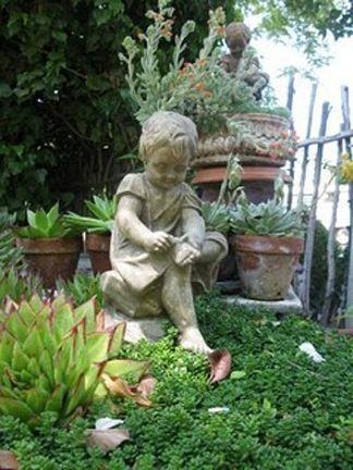 Enanos de jard n decoraci n o aberraci n - Estatuas de jardin ...