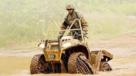 Los militares de EE.UU. pasan del aire de las ruedas