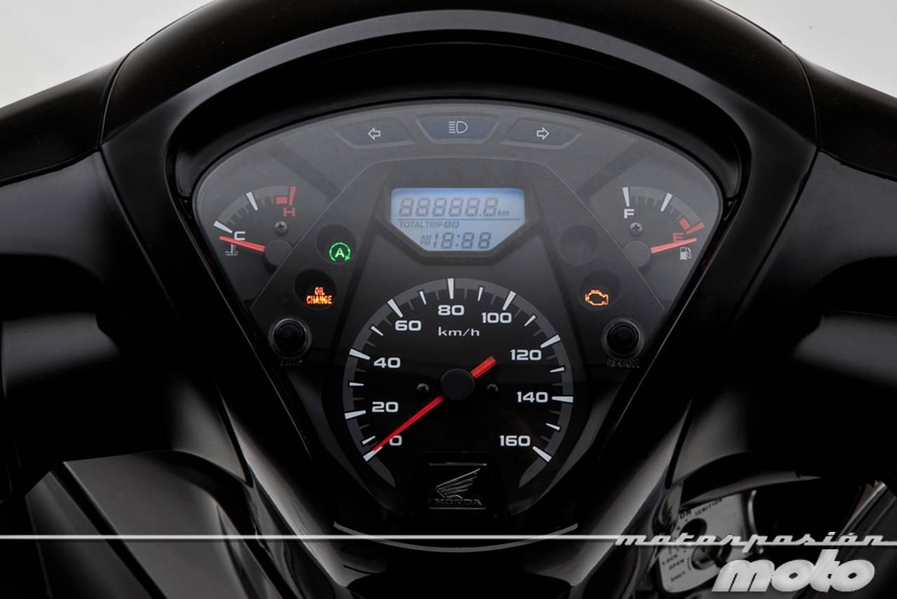 Foto de Honda Scoopy SH125i 2013, prueba (valoración, galería y ficha técnica)  - Fotos Detalles (9/81)