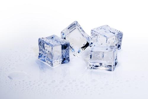 Baños de hielo para recuperarnos después del ejercicio físico: ¿ciencia o fe?