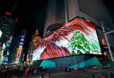 La pantalla digital más grande del mundo ya ilumina Times Square de Nueva York