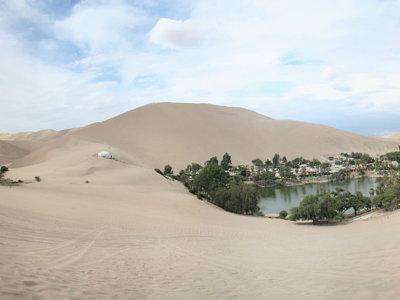 Huacachina, la ciudad balnearia construida en un oasis en el desierto peruano