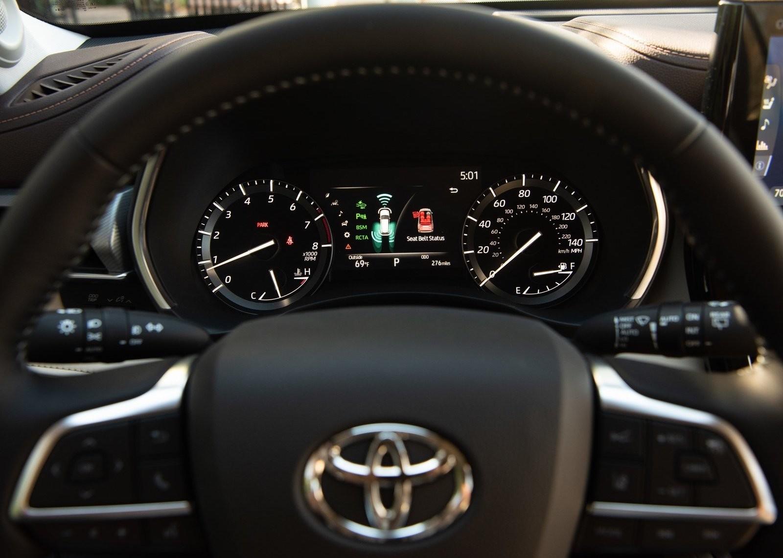 Foto de Toyota Highlander 2020 (22/24)