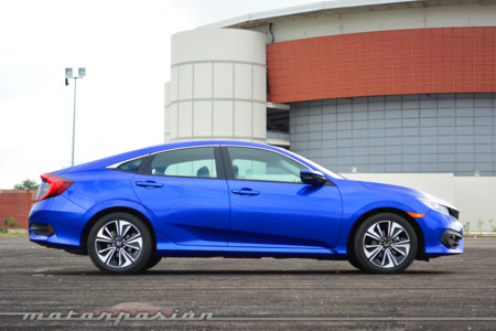 Honda Civic 2016 Mexico 7