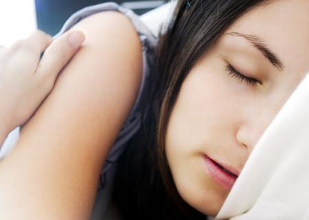 Mejora tu calidad de sueño con estos tips