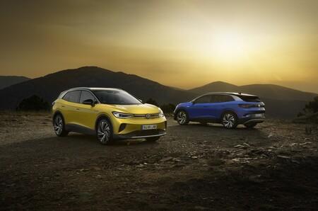 Nuevo Volkswagen ID.4: un SUV eléctrico que promete 521 km de autonomía, desde 35.875 euros