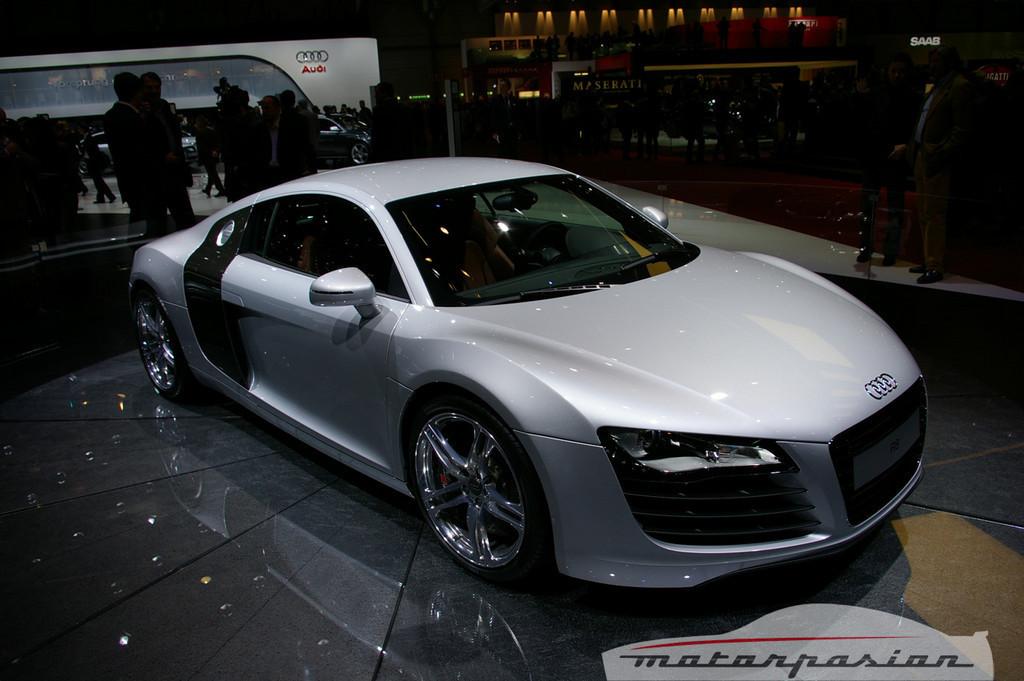 Foto de Audi R8 TDI Le Mans en el salón de Ginebra (16/19)