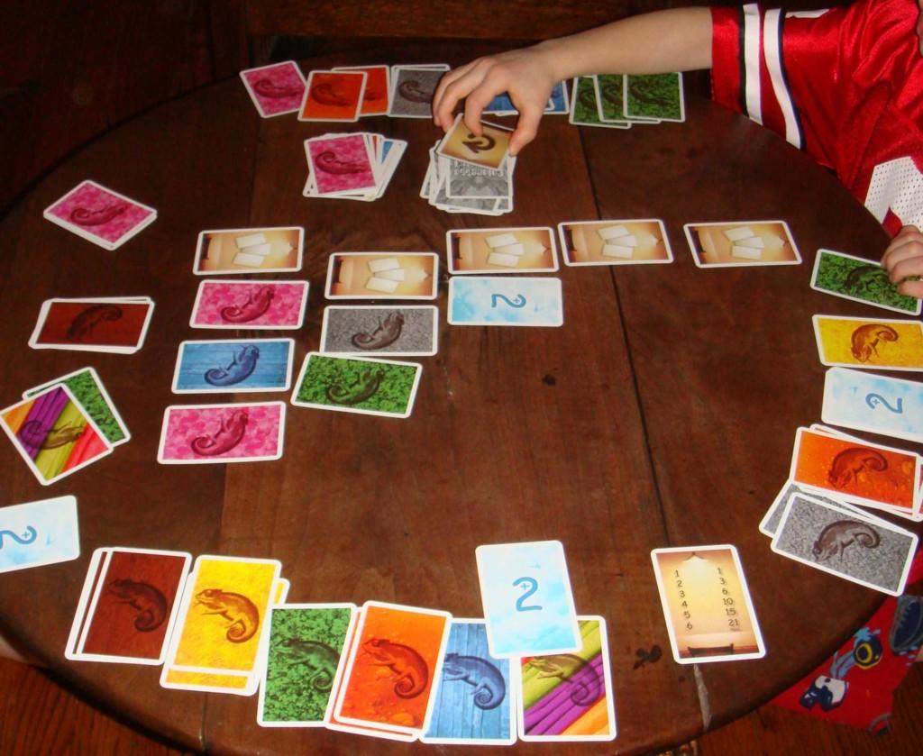 Diecisiete juegos de mesa para jugar en familia en verano ...