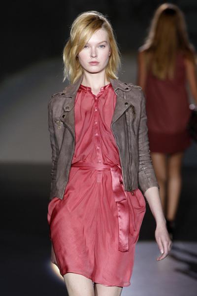 Foto de Sita Murt en la Cibeles Madrid Fashion Week Otoño-Invierno 2011/2012 (7/9)