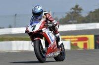 Superbikes Alemania 2011: Carlos Checa se lleva su quinta Superpole y Fabien Foret sorprende en Supersport