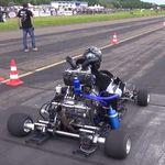 Sube el volumen, vuelve el kart con motor de Honda CBR 1000 RR y una botellita azul