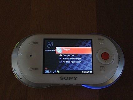 Sony Mylo en las manos