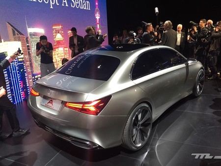 Mercedes Clase A Sedan Shanghai 2