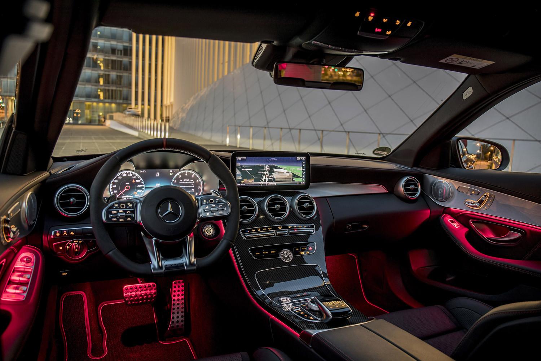 Foto de Mercedes-Benz Clase C 2018, toma de contacto (178/255)