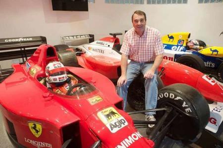 Nigel Mansell cree que la presión afectará a Lewis Hamilton