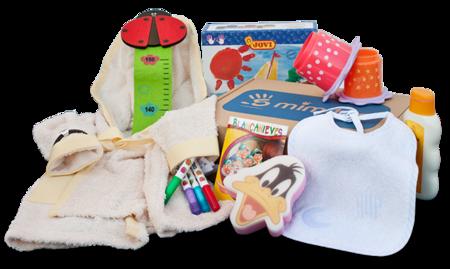 5mimitos: cajas con productos seleccionados para la embarazada y el bebé