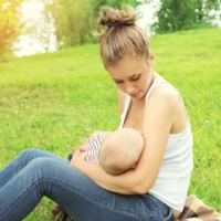 ¿Lactancia materna con un solo pecho?
