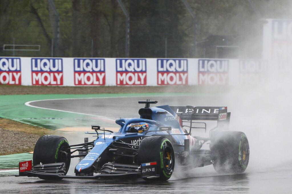 """Fernando Alonso puntuó por una sanción a Kimi Raikkonen pero hace autocrítica: """"No he dado el nivel"""""""