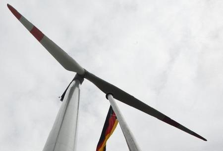 Los fabricantes de coches alemanes buscan producir su propia electricidad