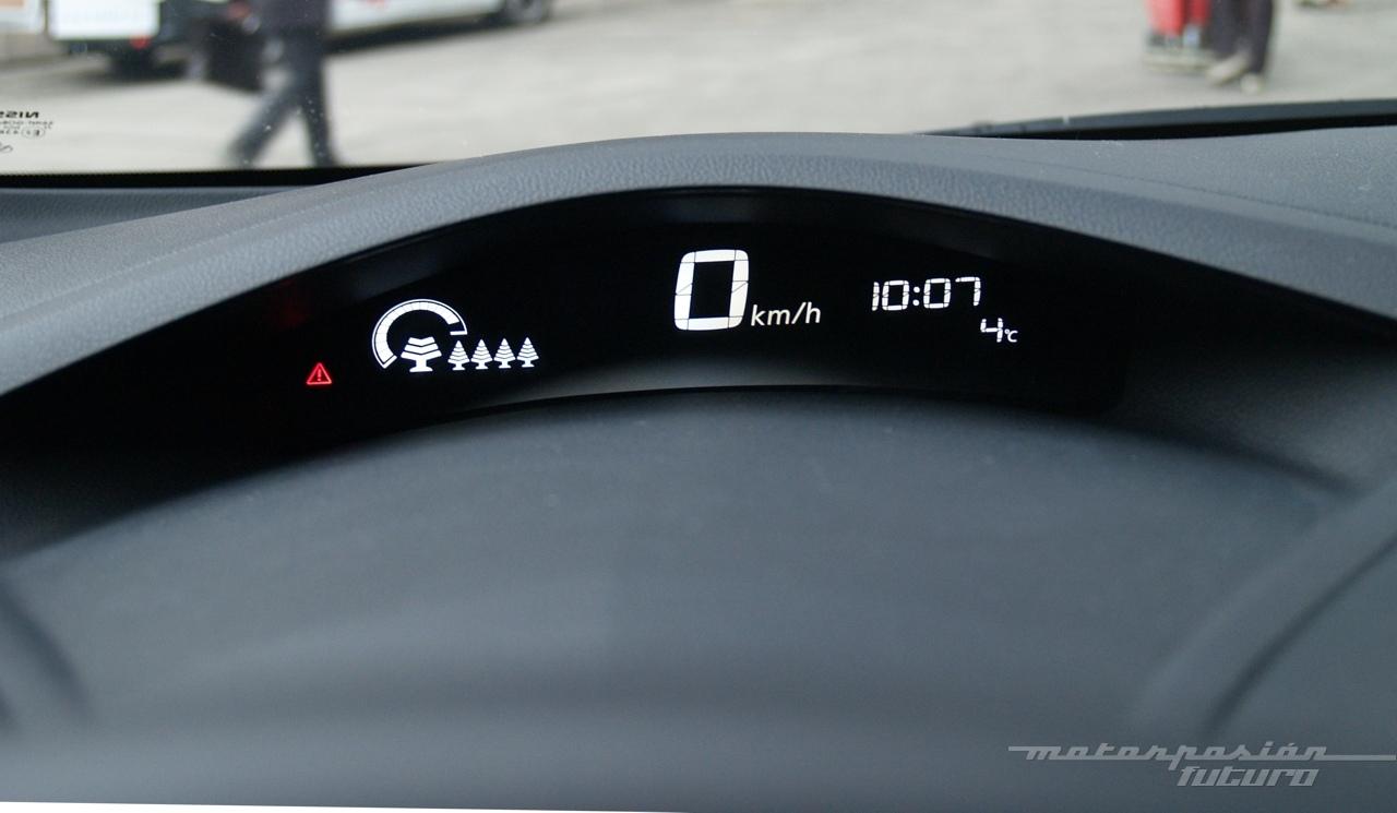 Foto de Nissan LEAF 2013 (presentación) (26/39)
