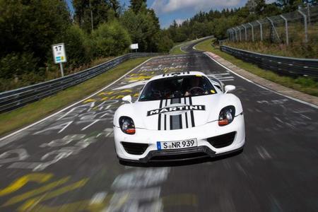 El Porsche 918 Spyder demuestra su velocidad en Nürburgring