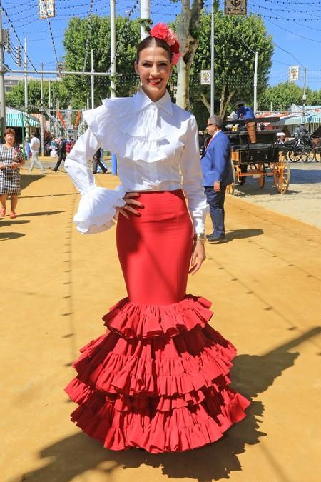 Los trajes de las famosas en la Feria de Abril 4e0aa3d4908